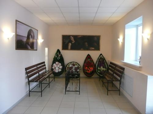traurnyj-zal-metallurgicheskij-rajon-01