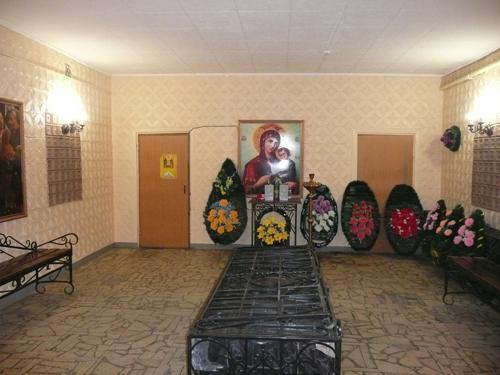 traurnyj-zal-traktorozavodskoj-rajon-01