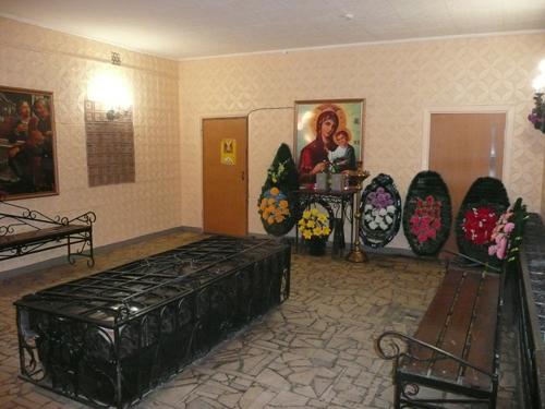 traurnyj-zal-traktorozavodskoj-rajon-02