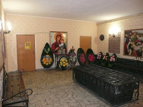 traurnyj-zal-traktorozavodskoj-rajon-03